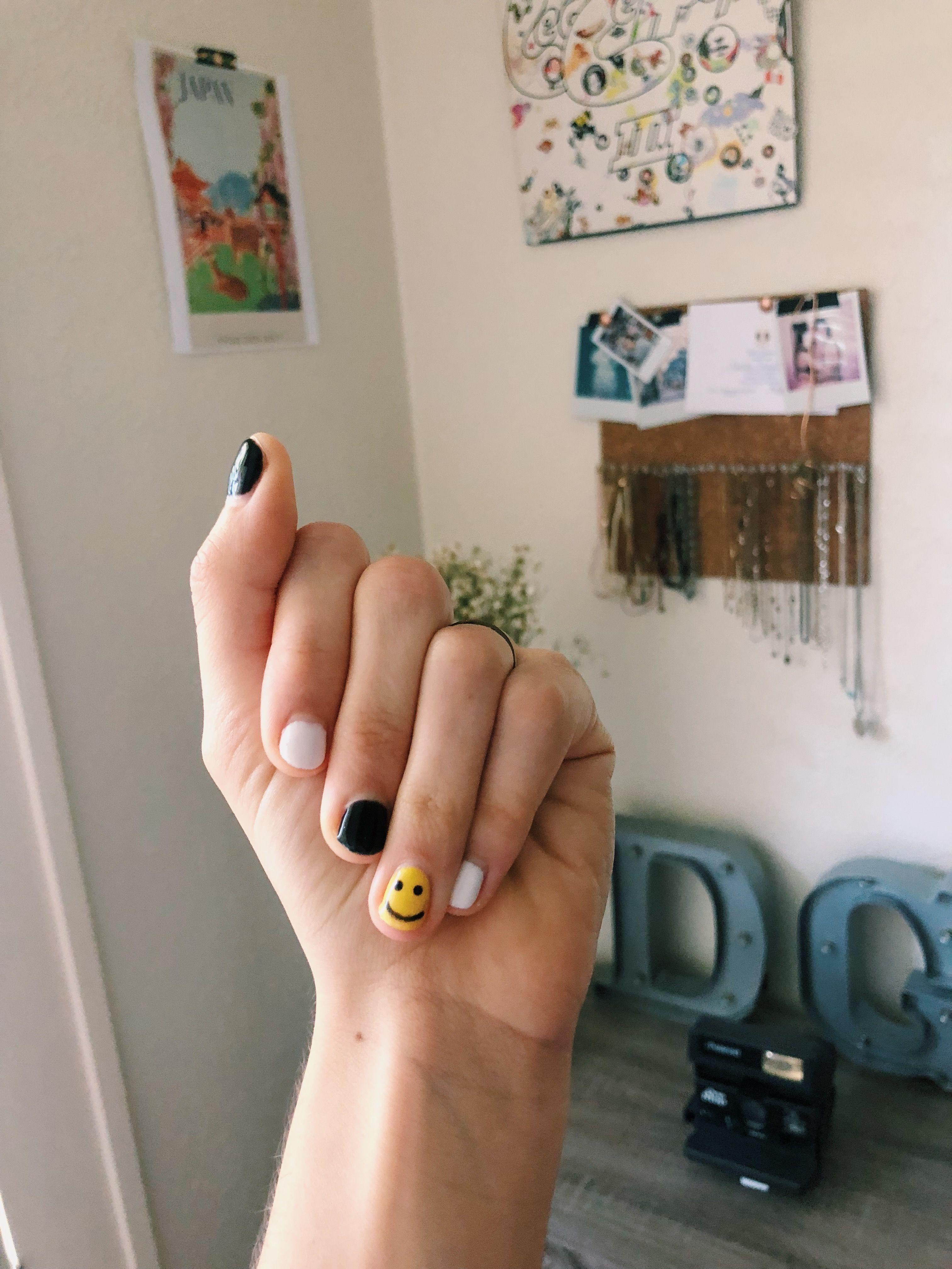 Happy Face Nails Black And White Nail Designs Plain Nails Cute Acrylic Nails