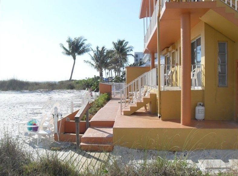 Kona Beach Club Vacation Al Vrbo 43725 1 Br Fort Myers Condo In Fl Breeze Luxury Smack On The Gulf Of Mexico