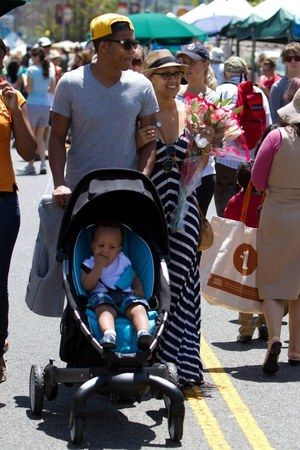 Tia Mowry And 4moms Origami Stroller Photograph Dream Pinterest