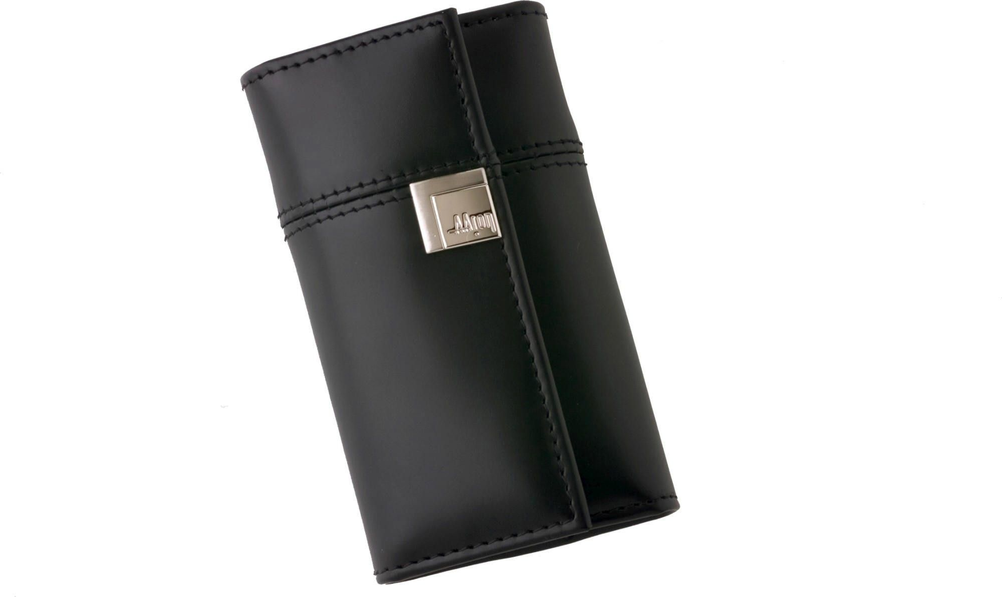 A case for all your keys, the Leather Key Case from Aaron Irvin is the perfect accessory for any and all keys.