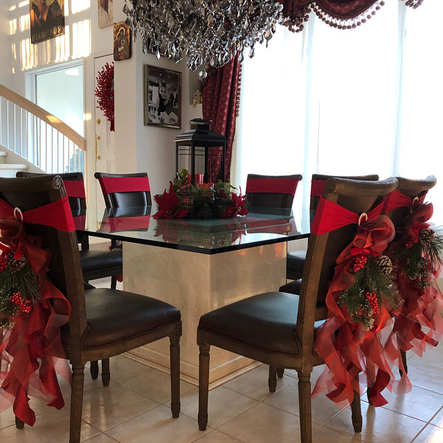 Christmas Chair Sashes Red Sets Of Either 2 4 5 6 8 Or 10 Etsy Christmas Chair Christmas Chair Covers Christmas Decorations Living Room