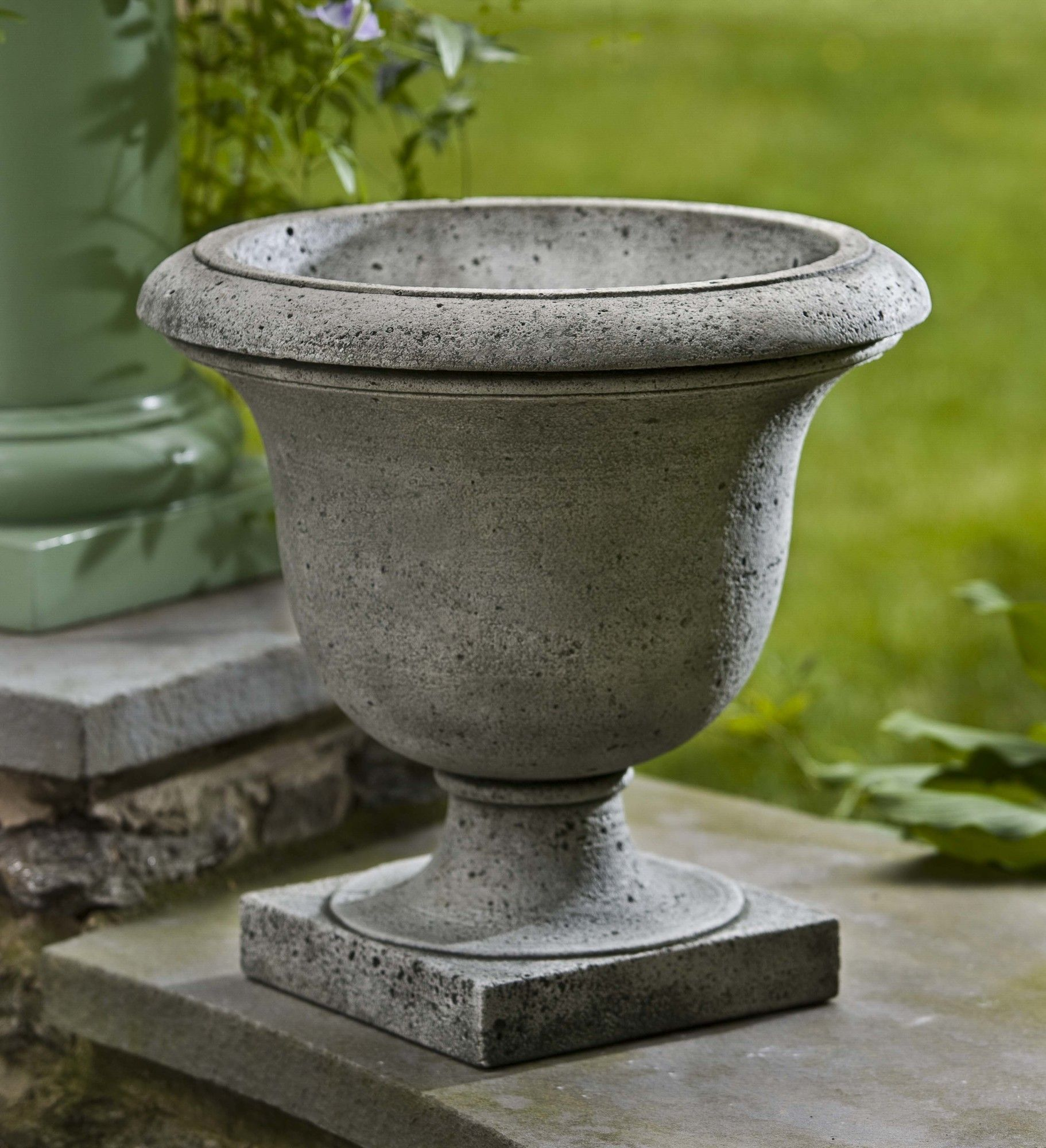 pros outdoor planters v planter products urn garden art chatham