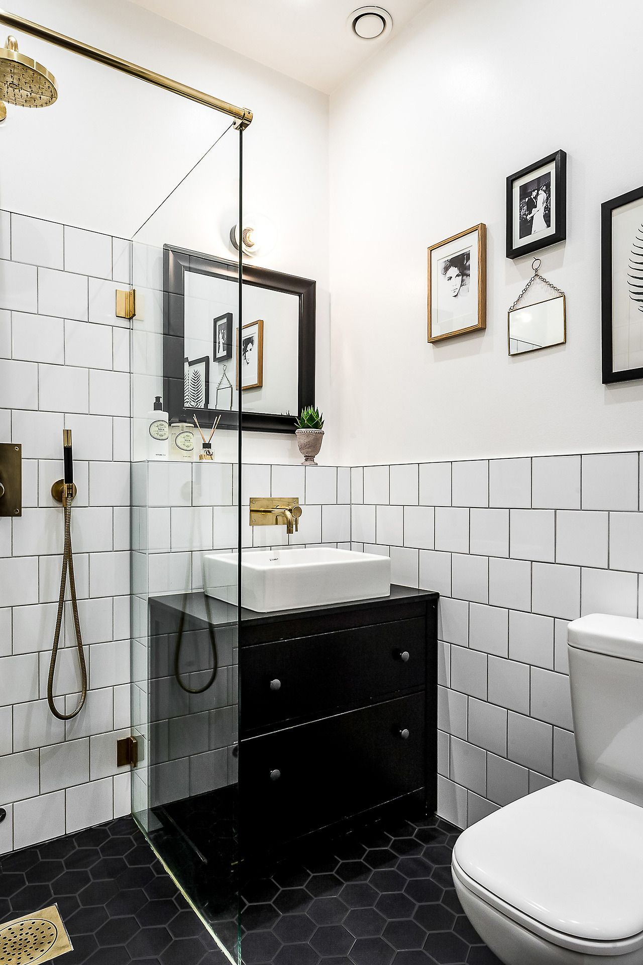 Tiny Black And White Bathroom White Bathroom Tiles Scandinavian