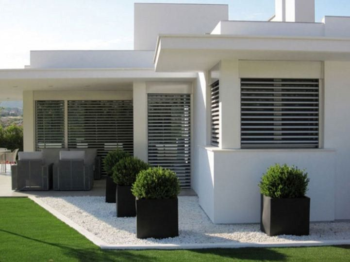 facade maison volet roulant brise soleil recherche google maison pinterest firs. Black Bedroom Furniture Sets. Home Design Ideas