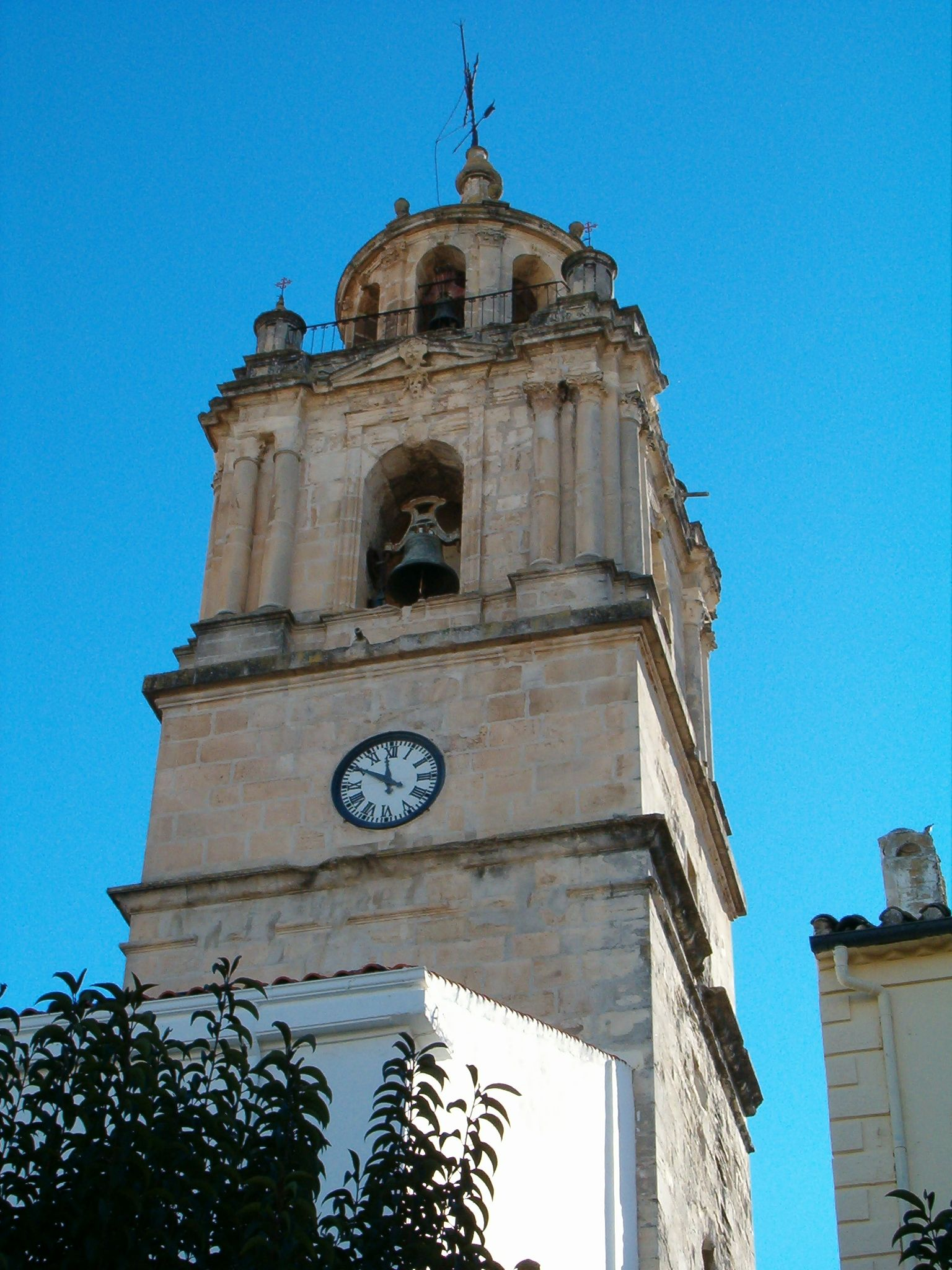 torre campanario de la real parroquia de Santa Marta