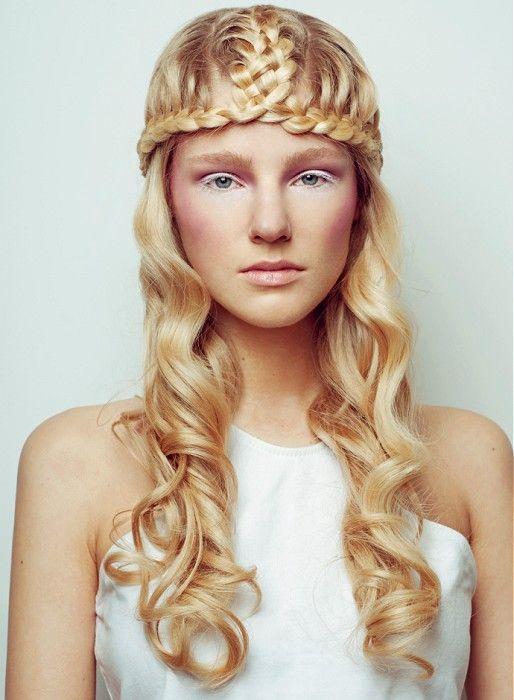 Peinados 2015 trenza   peinados en 2019   Blonde wavy hair ...