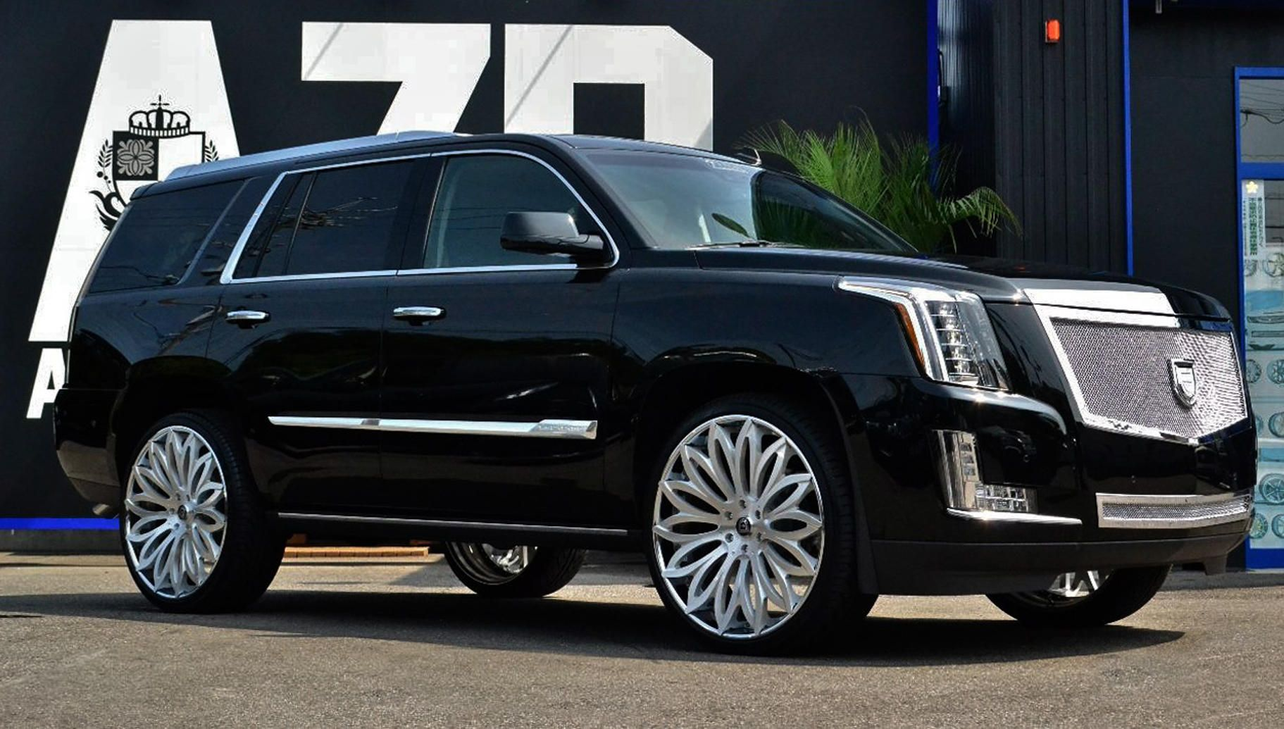 lexani wheels the leader in custom luxury wheels lf 731 brushed center with stainless steel chrome lip on the 2015 cadillac escalade  [ 1823 x 1035 Pixel ]