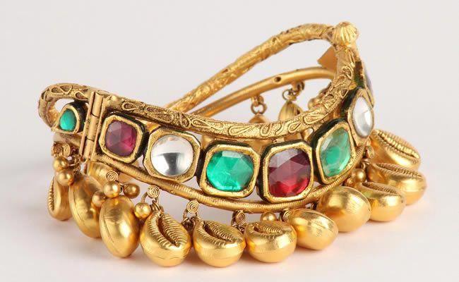 Rajasthan Popular Souvenirs Painting Jewellery Handicrafts