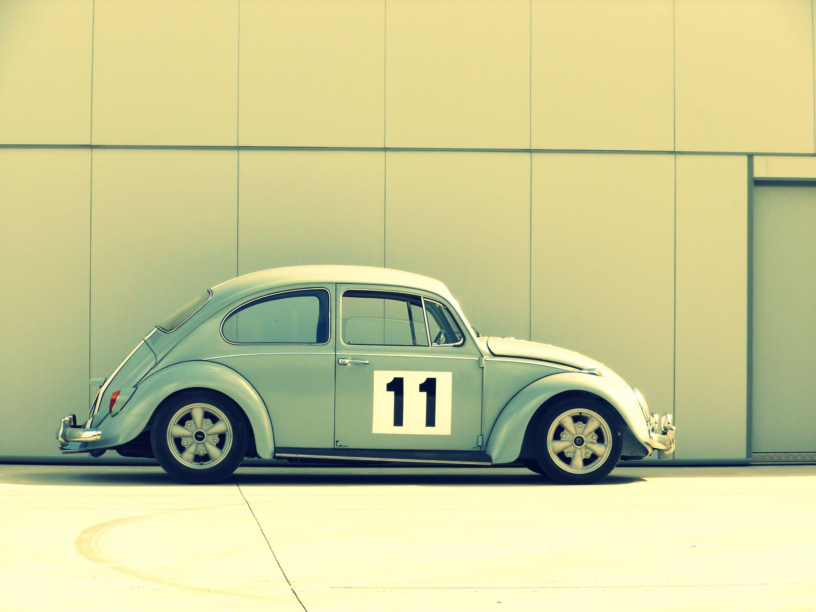 VW Beetle | Blue