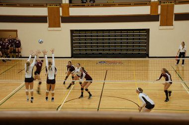 Back And Forth Scoring Against Army Ends Unfavorably For Lehigh Women S Volleyball Women Volleyball Volleyball Team Lehigh
