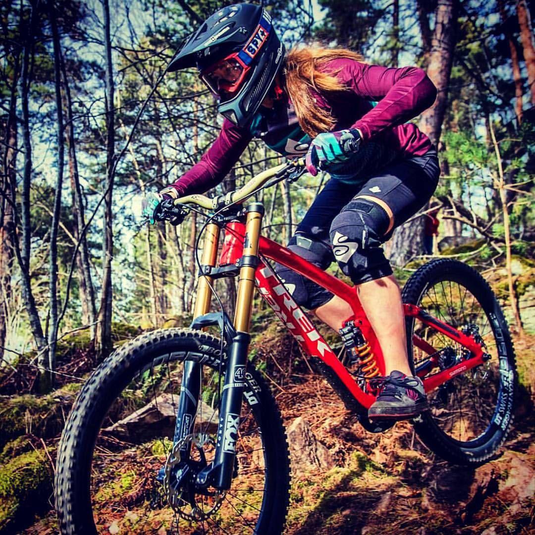 Extreme Motorsport Training With Images Mountain Biking Women