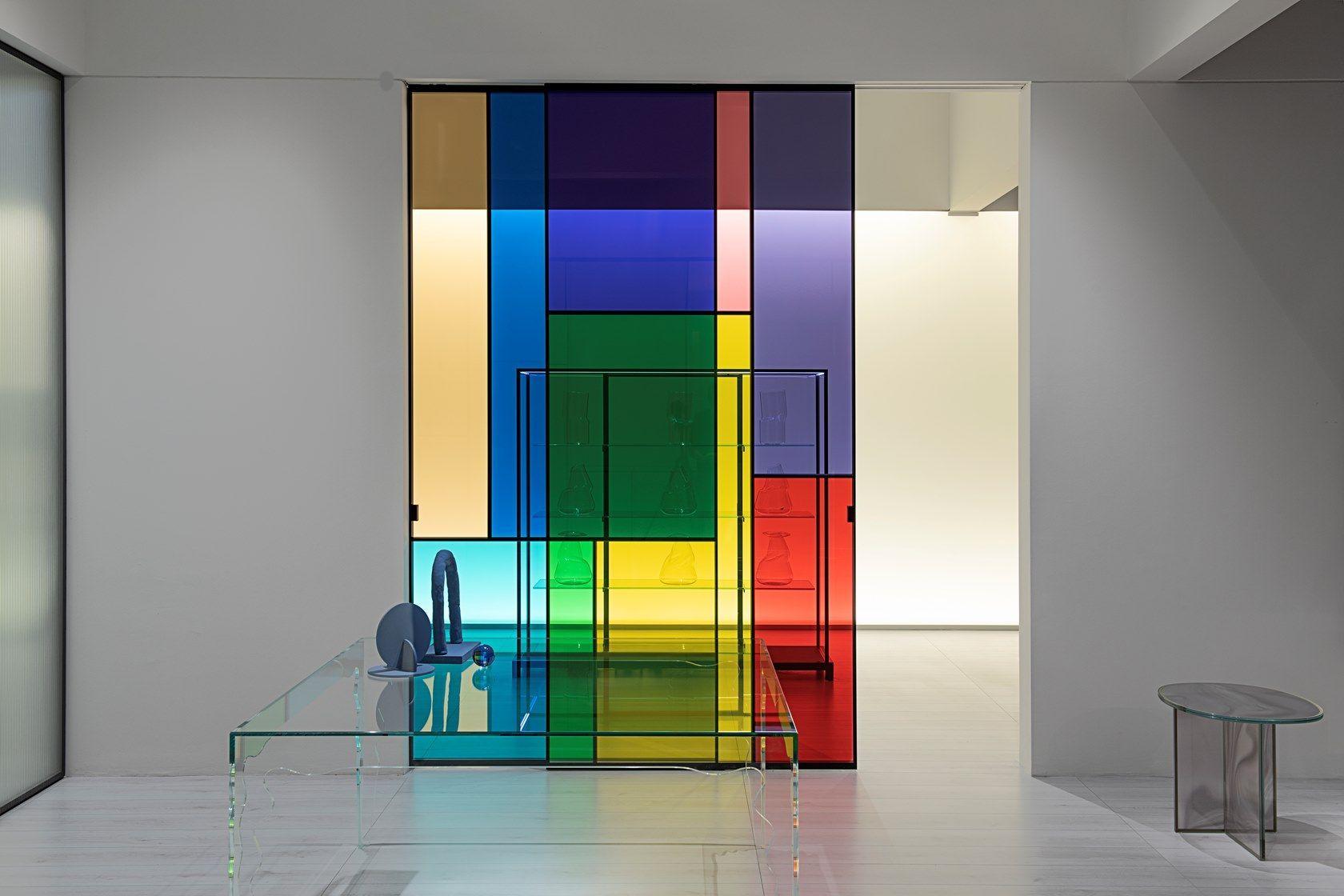 Bewegliche Glaswand Sherazade Patchwork Von Glas Italia Design Piero Lissoni In 2020 Glaswand Wandgestaltung Produktdesign