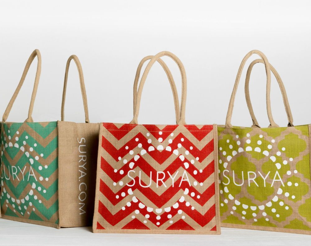 Surya Burlap Red Chevron Tote 16 X 14 X 8 Reusable Bag New Bags Reusable Bags Red Chevron