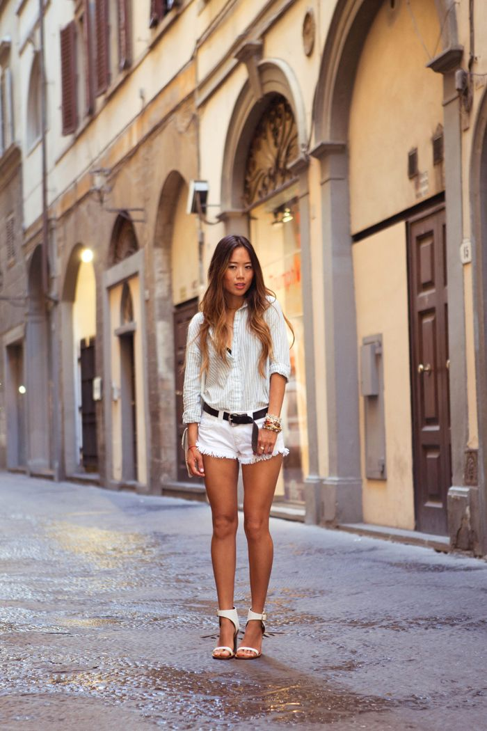 boyfriend blouse white shorts and perfect shoes