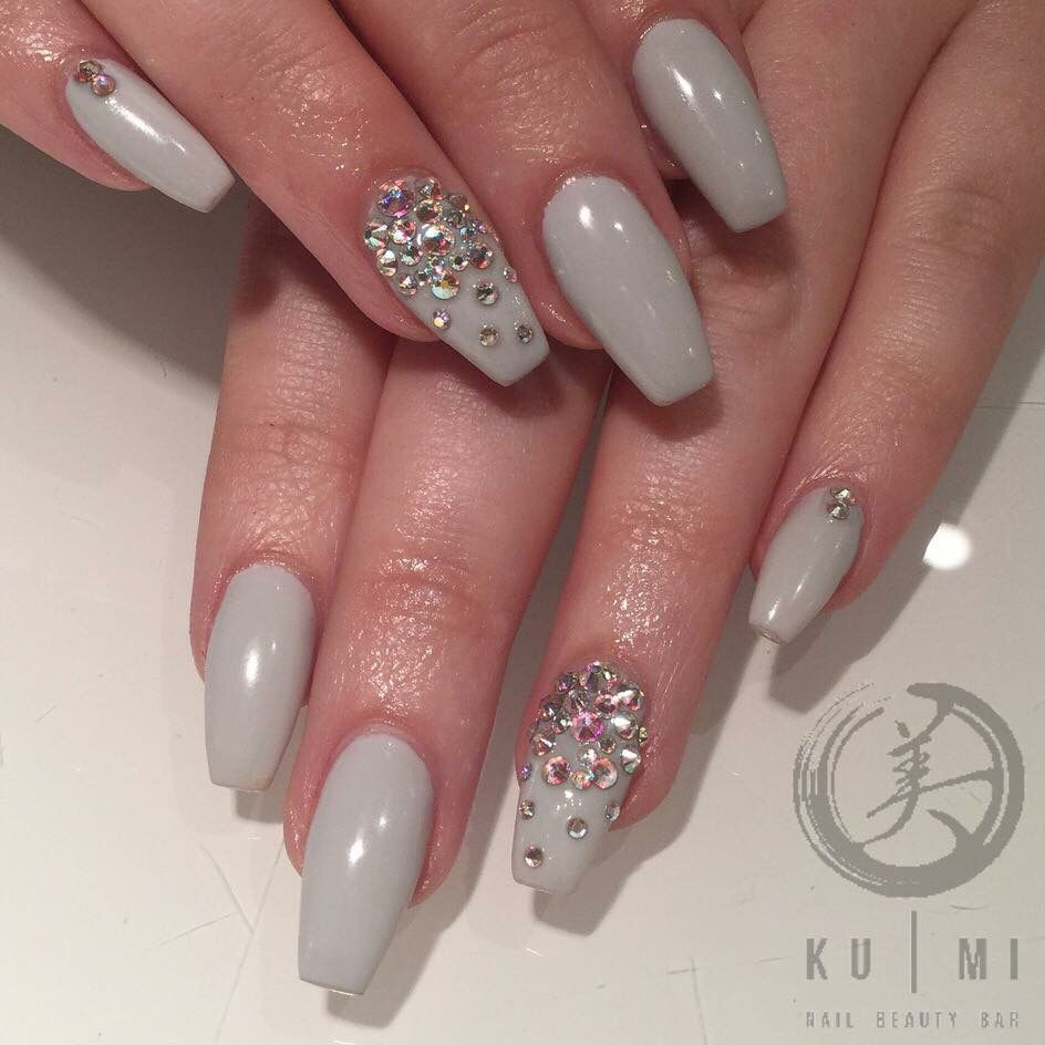 Grey nails with diamonds | Nail | Pinterest | Nageldesign