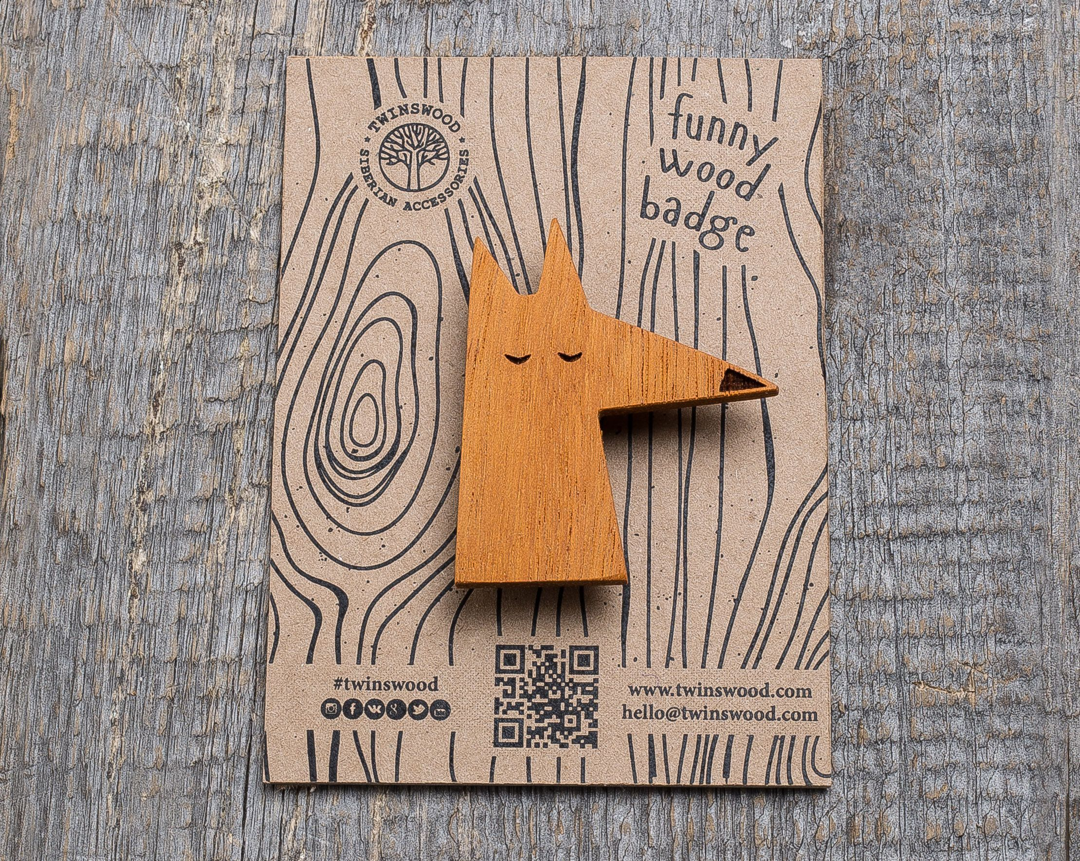 wooden gifts Gift for her Wood badge Wood funny pins Handmade wooden pins Beige Giraffe gift brooch Gift for him Boyfriend small gift.