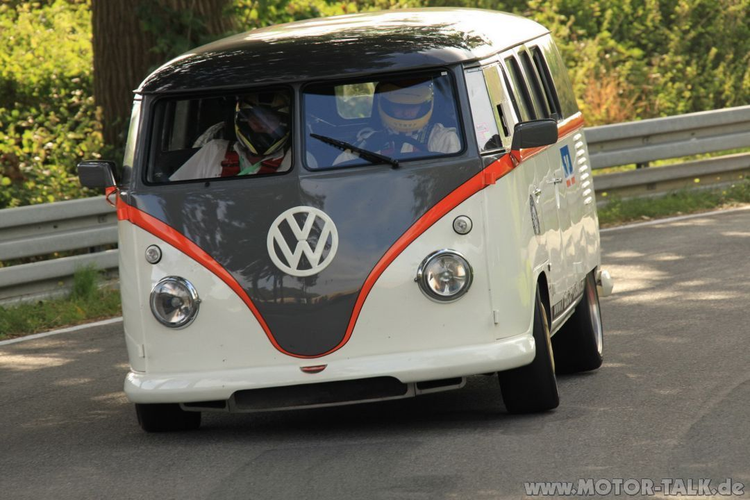 This Vw Bus With A 530hp Porsche Engine Is A Perfect