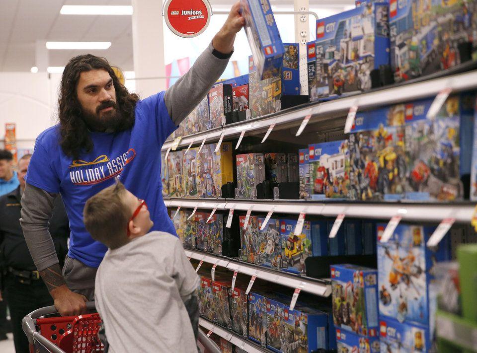 Thunder players score with shopping baskets Thunder