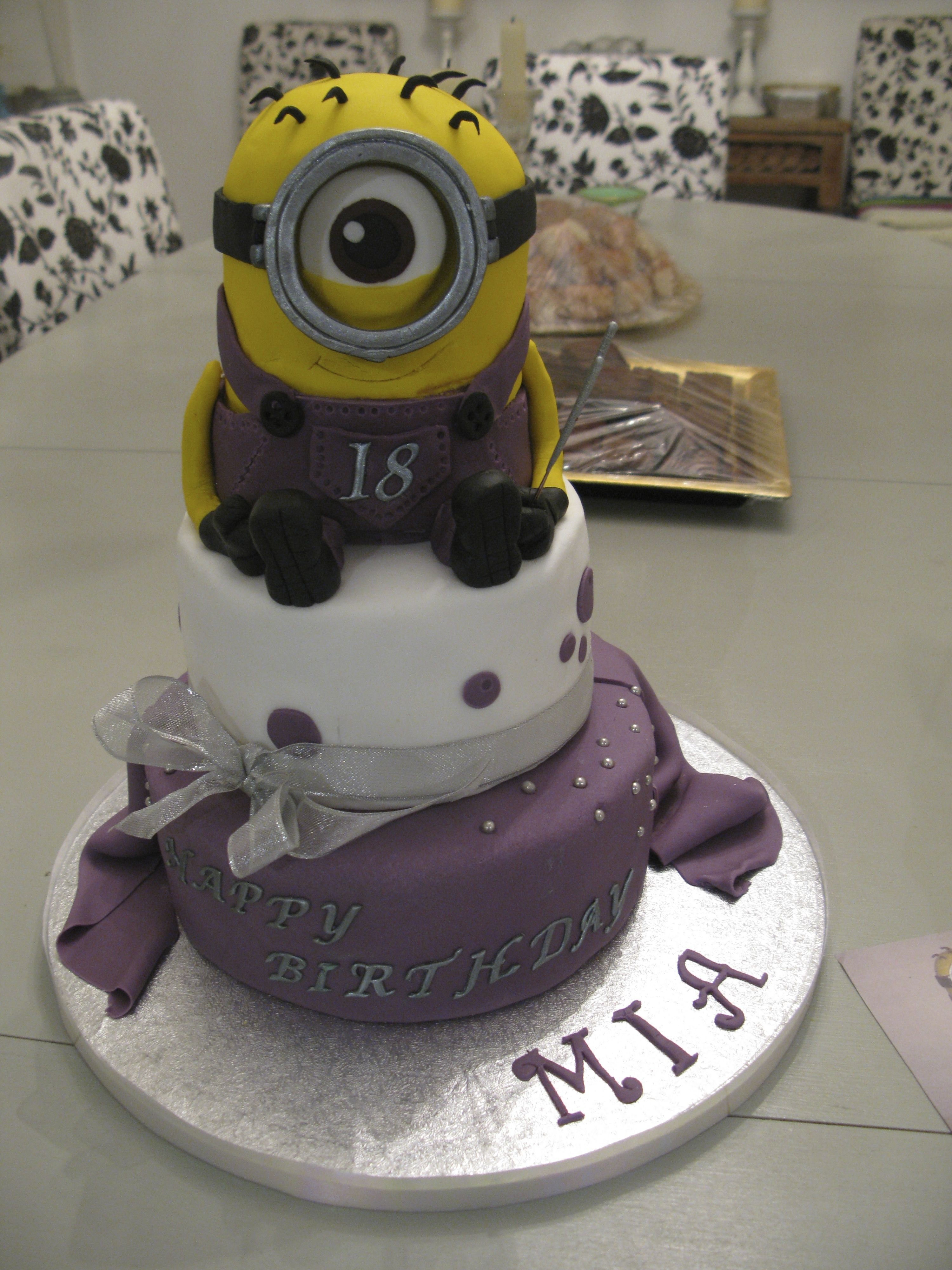 Another Minion Kevin My Yummy Cakes Pinterest Yummy