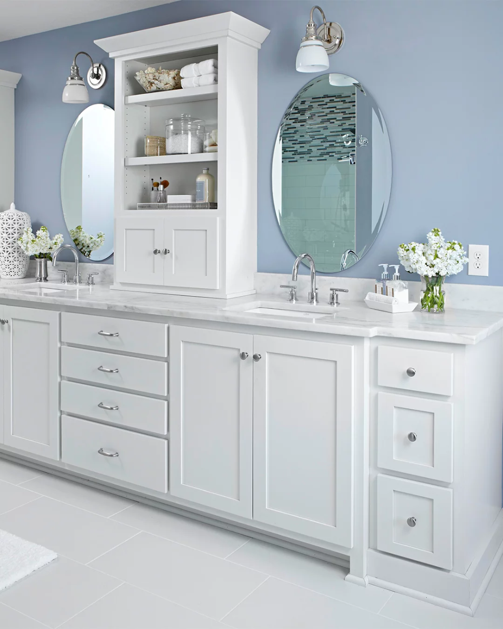 12 Popular Bathroom Paint Colors Our Editors Swear By In 2020 Best Bathroom Paint Colors Blue Bathroom Blue Bathroom Paint