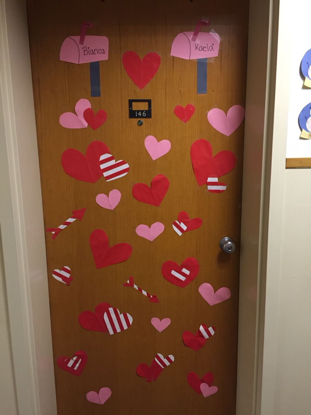 How to decorate a dorm room for valentines day — pic 2