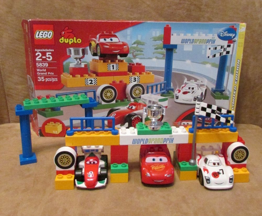 5839 Duplo Lego World Grand Prix Complete Disney Pixar Cars 2 Shu