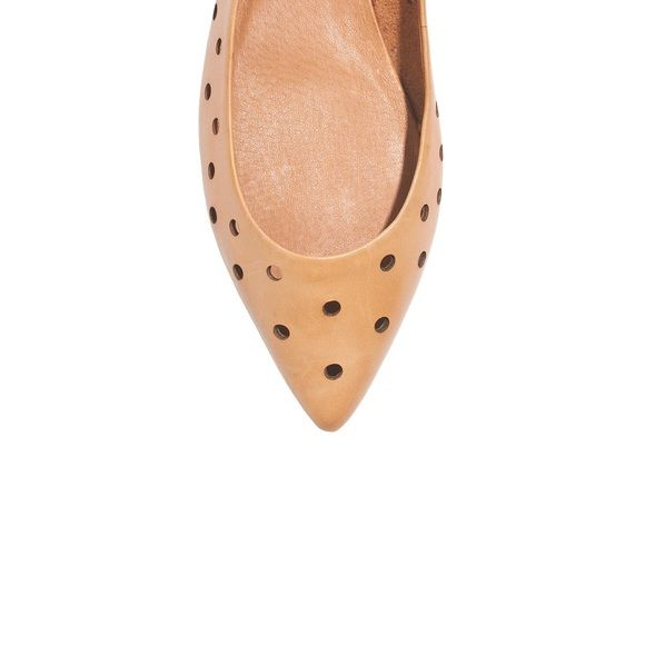 Madewell Holepunch Skimmer Flats Super cute & sold out online! • Worn about 3x, still in great condition • Perforated leather flats with a pointed toe make the perfect accessory to any chic outfit • Fits true to size 6 • NO TRADES, NO PAYPAL • Madewell Shoes Flats & Loafers