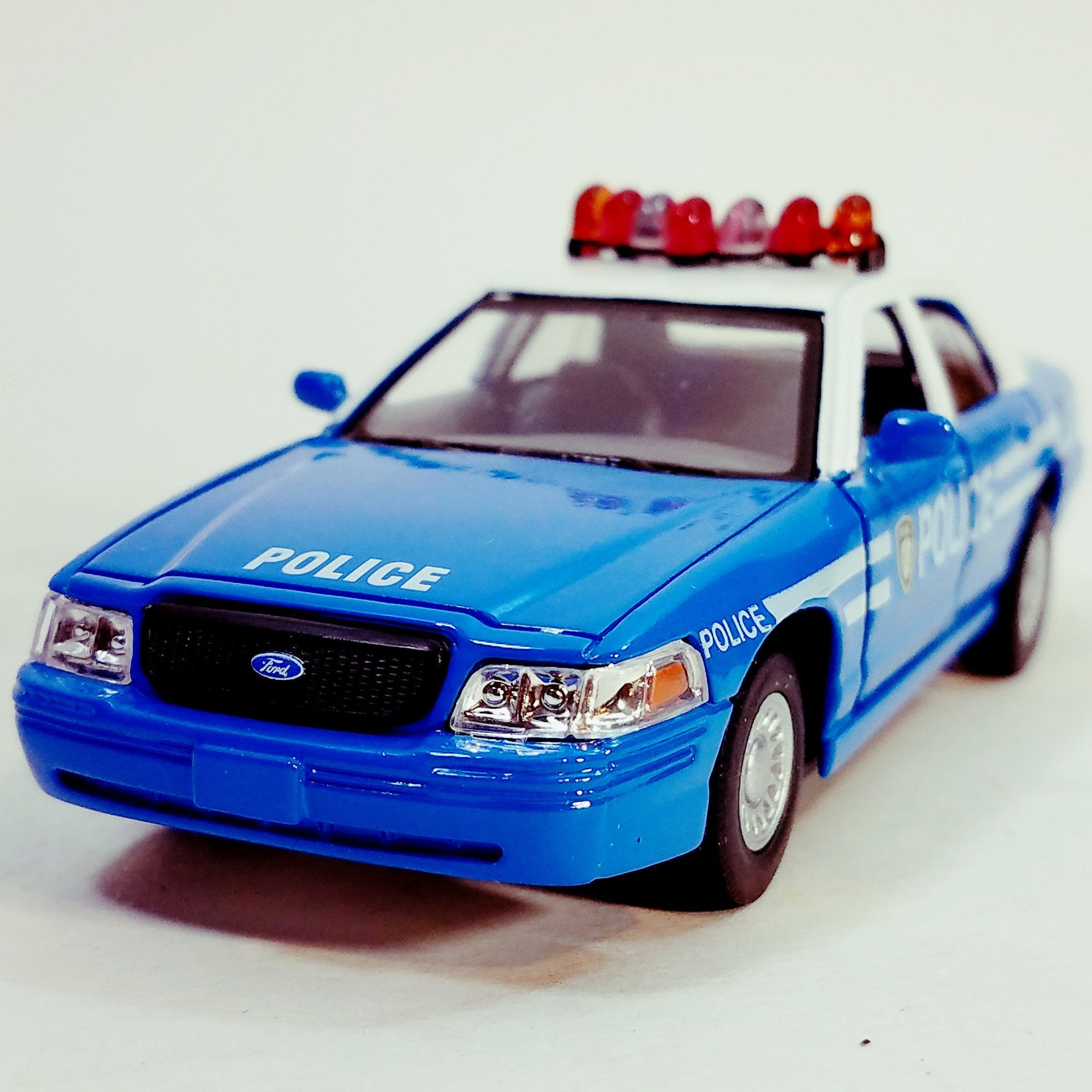 Kinsmart Ford Crown Victoria Blue White Police Dept Squad Car 1 43 O Scale Diecast Toy Police Cars Diecast Victoria Police