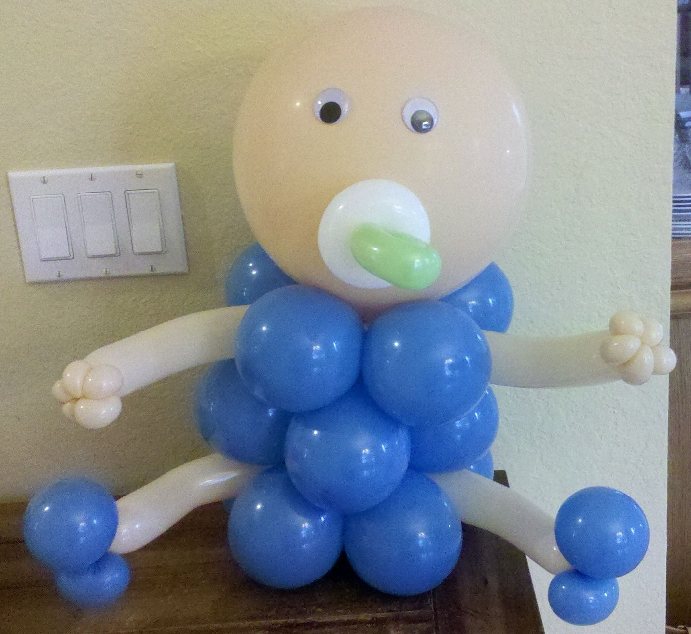 Charming Custom Made Baby Shower Decorations | Party People Celebration Company    Special Event Decor Custom Balloon