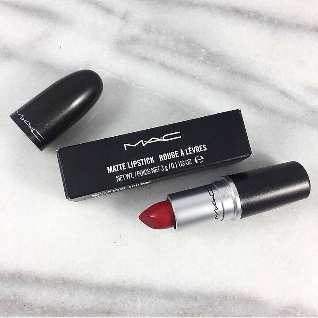 100 Mac Lipsticks Are Awesome – Russian Red #mac #maclipstick #lipstick