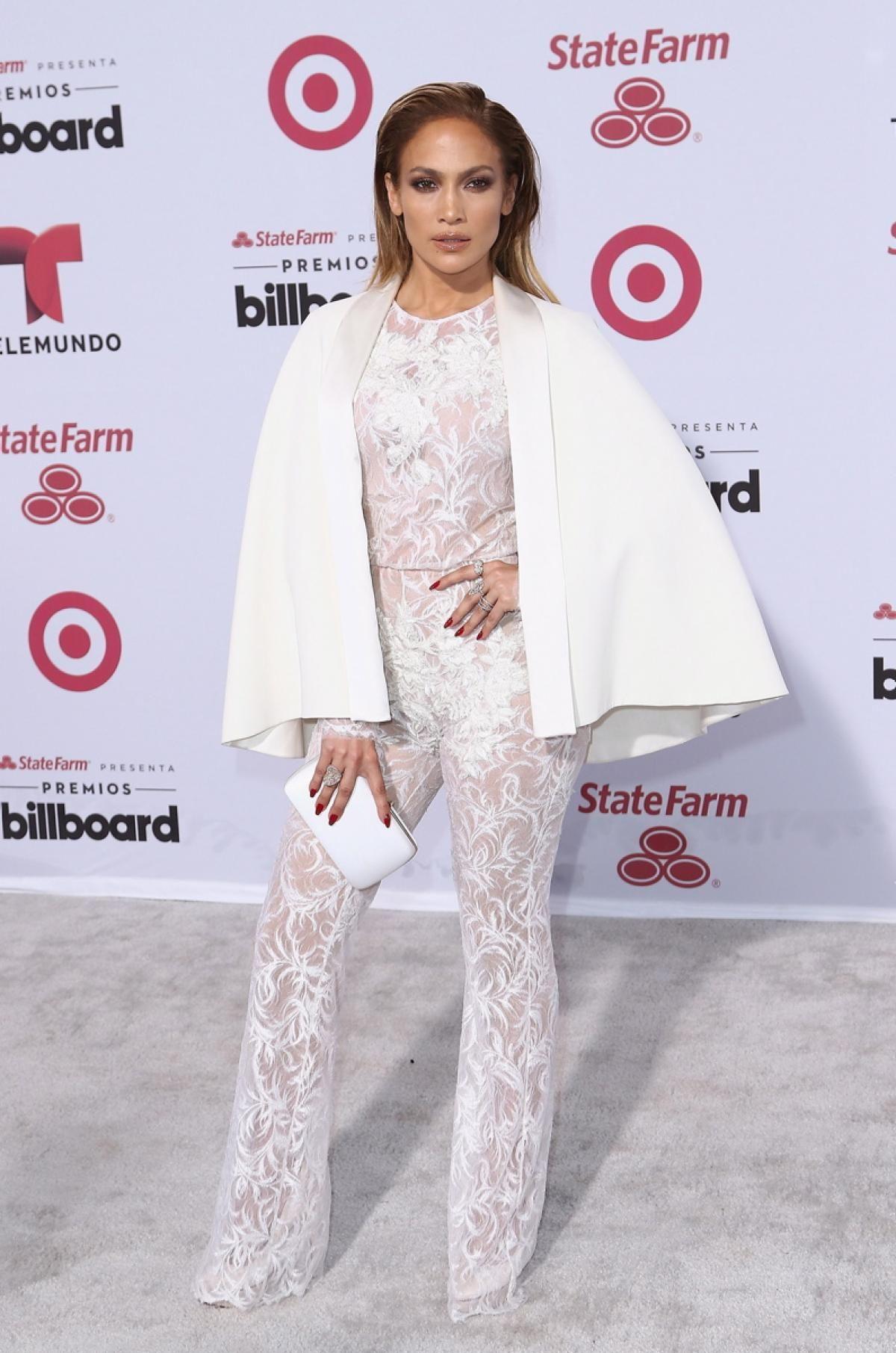 Jennifer Lopezs Top Style Moments of 2019 | Nice dresses