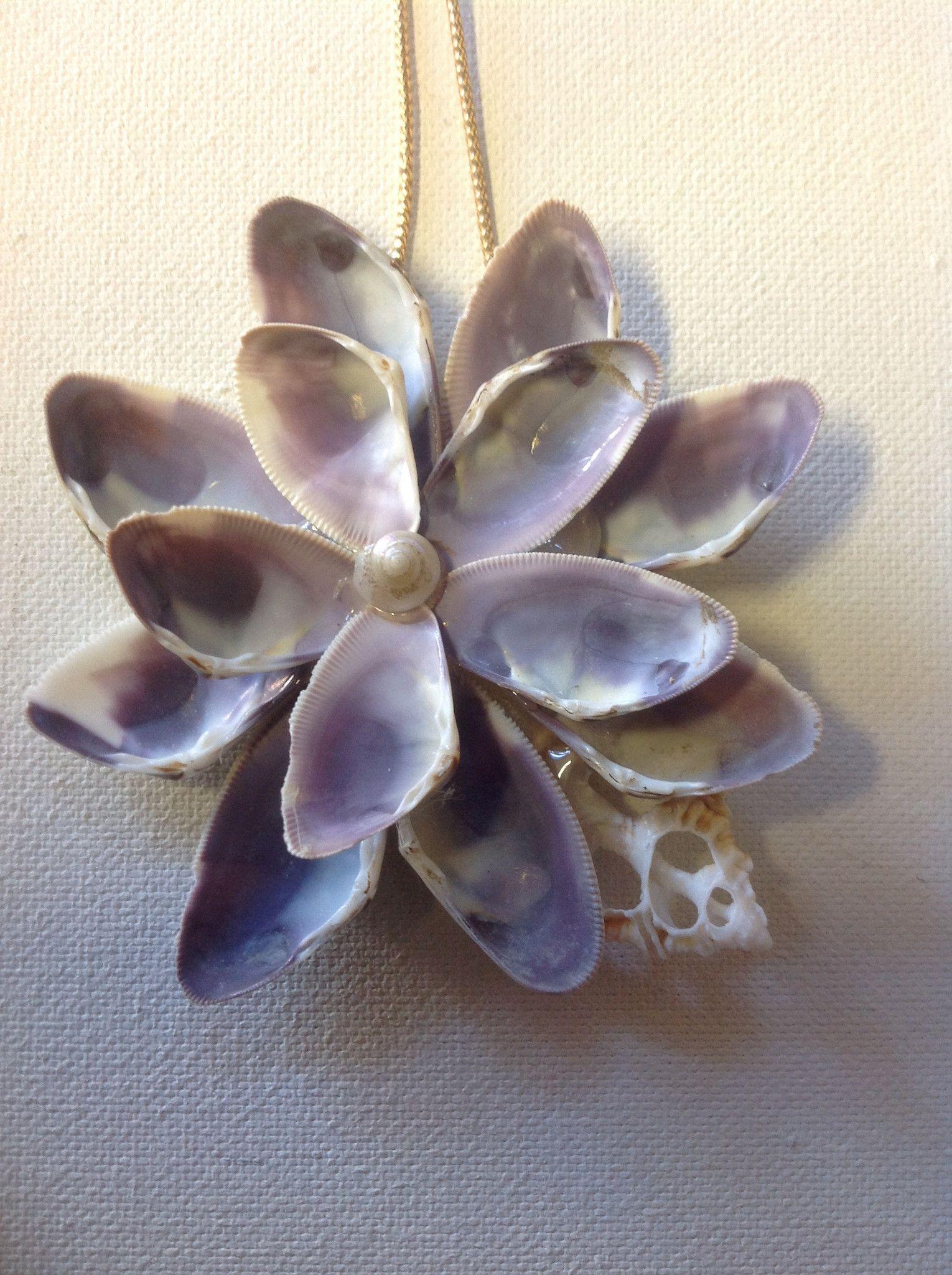 Seashell flower ornament flower ornaments shell and for Seashell ornaments diy