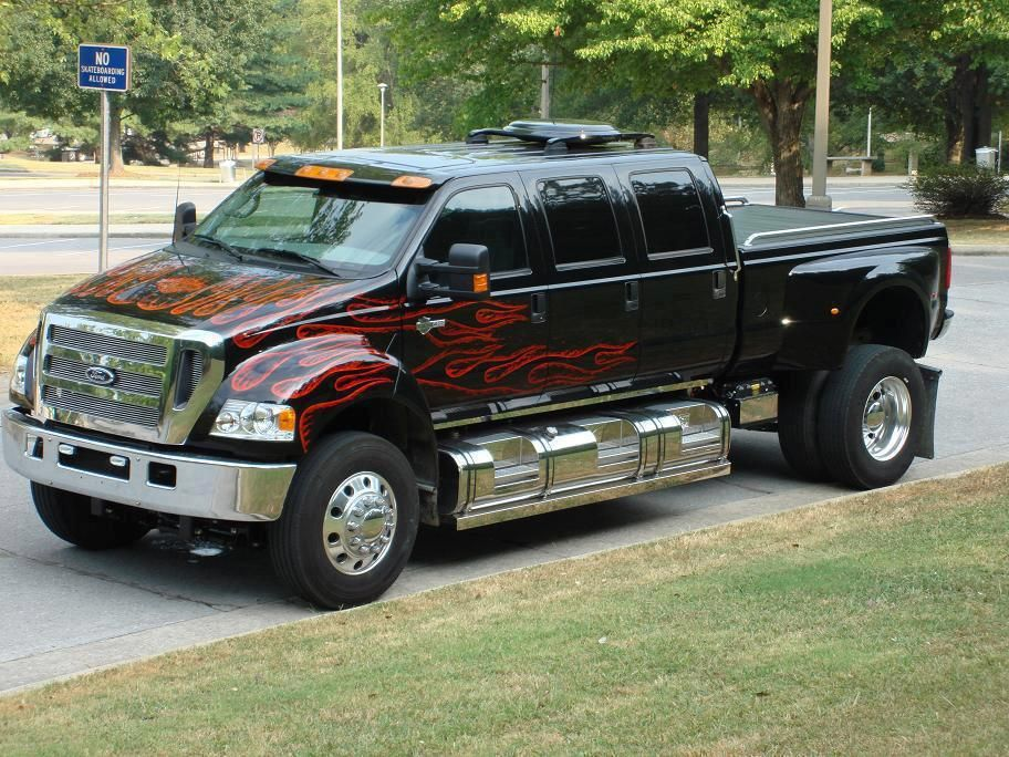 Ford F650 dualy big ass truck Harleys and Fords