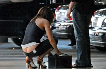 This Butt is so sexy! | Kate Beckinsal | Kate beckinsale ...