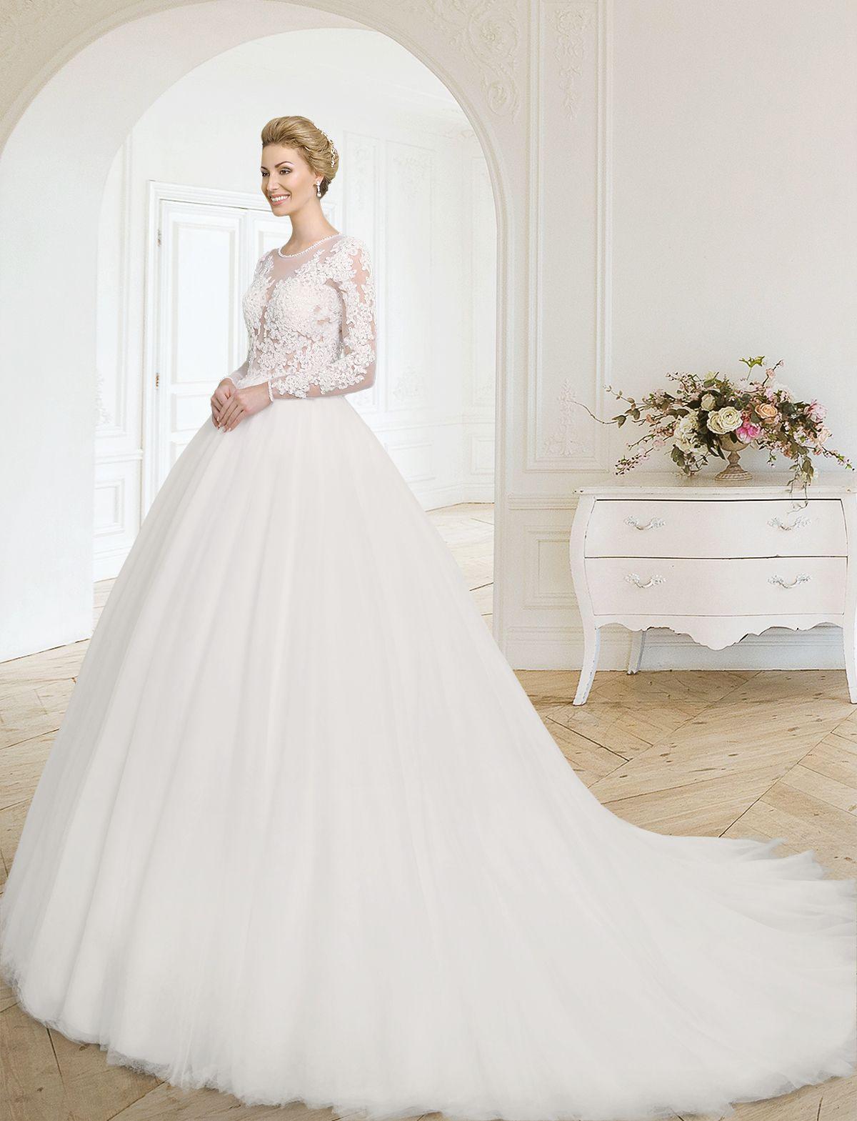 Sinnlich zeitloses Prinzessinnen Brautkleid wie aus einem Märchen ...