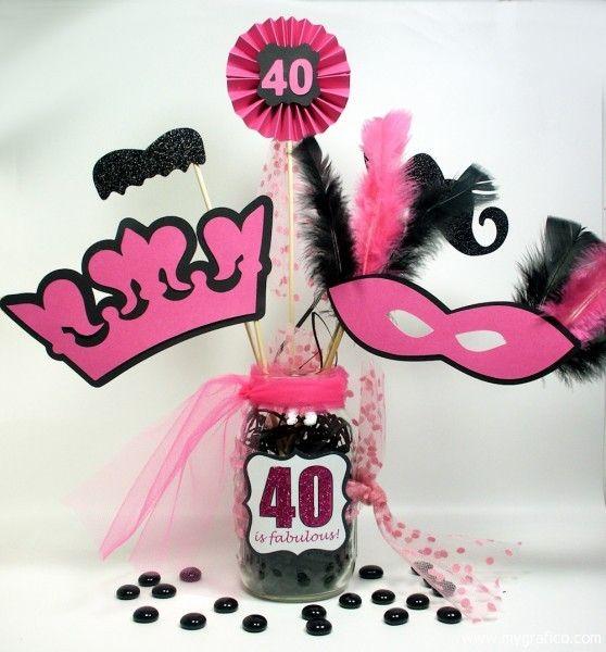 un centro con mucho glamour para una fiesta 40 cumplea os