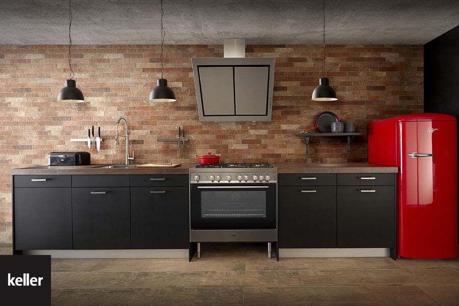 Zwart Keuken Stoere : Een zwarte keuken is strak puur en volmaakt deze stoere keller