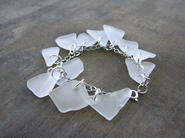 Sea glass bracelet.