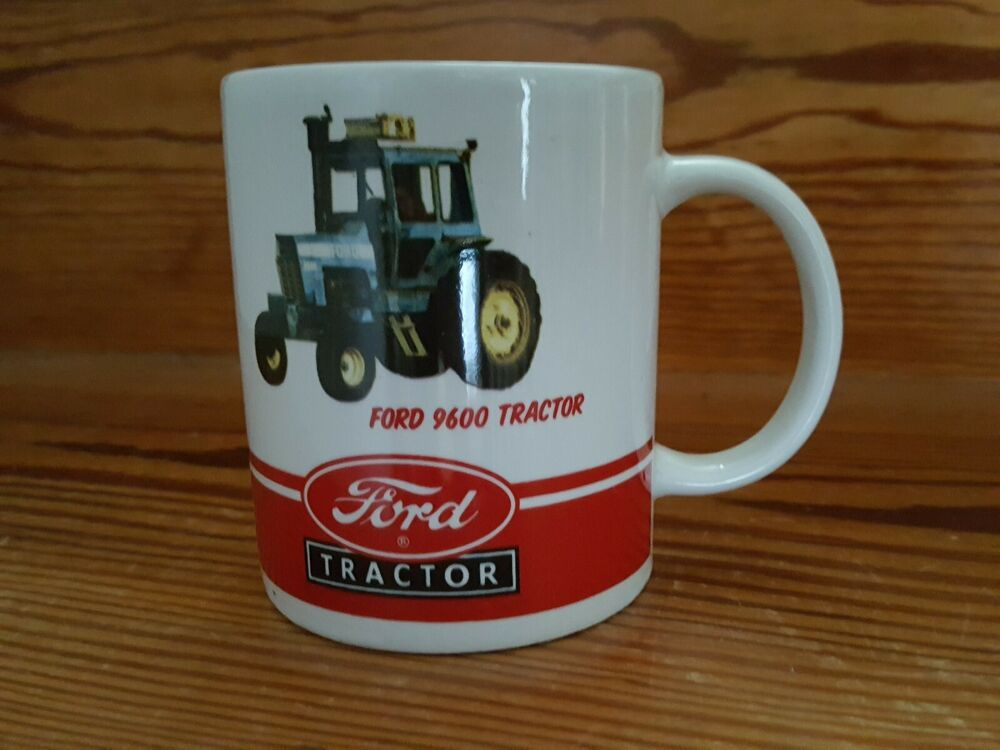 New Holland Modern Tractor Mug  Farming  Collectable