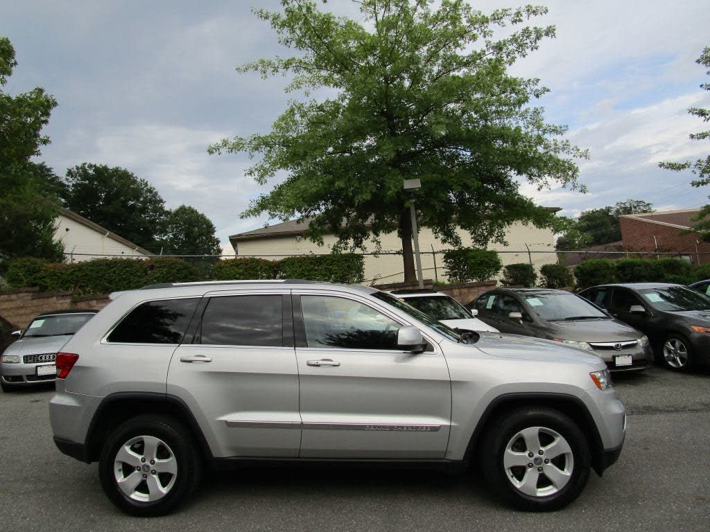 2012 Jeep Grand Cherokee Laredo 4wd 10 995 Jeep Grand