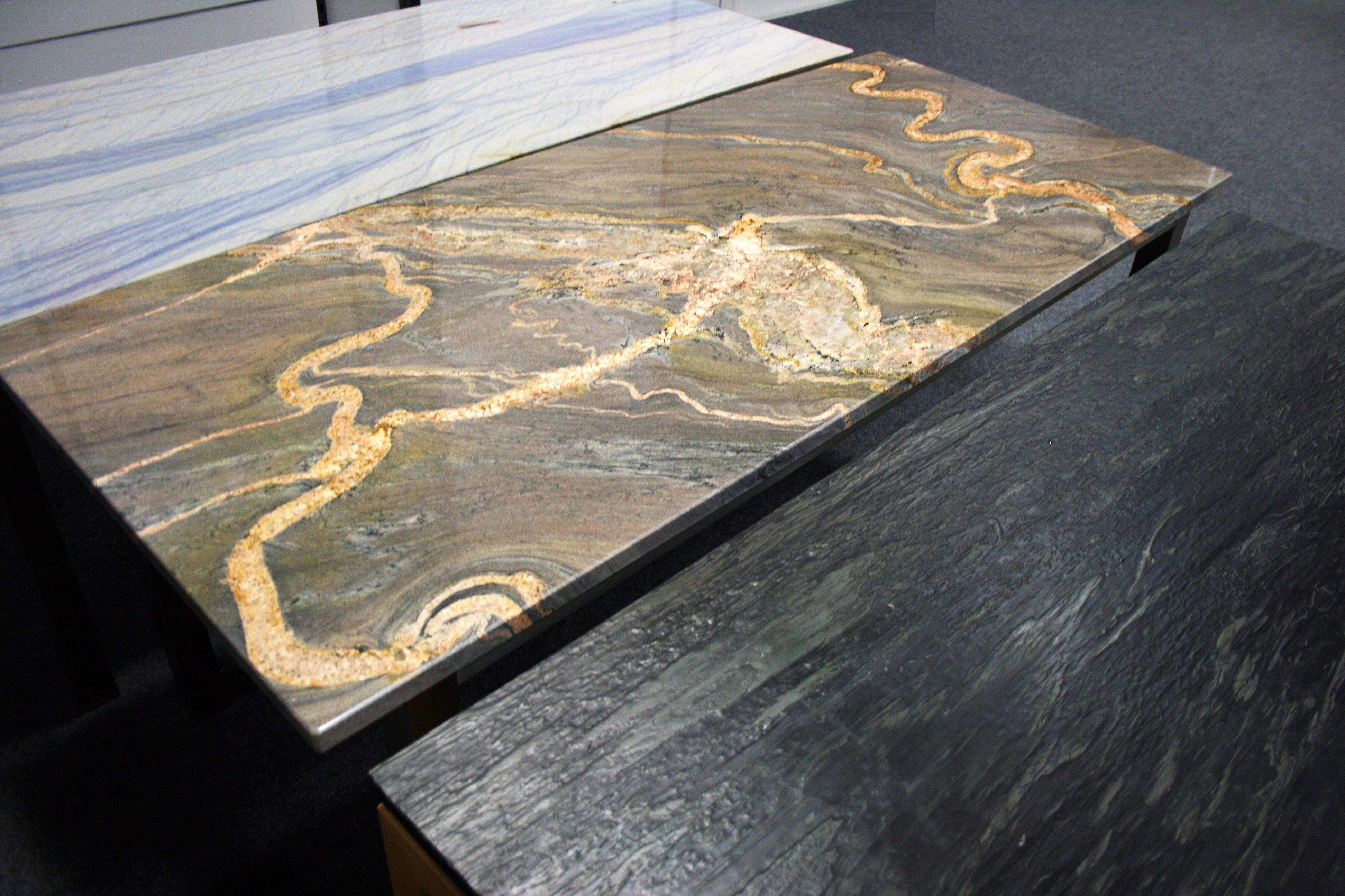 Gestalten Sie Ihre Personlichen Tisch Nach Mass Aus Einer Vielzahl An Modellen Und Materialien Http Www Granit Naturstein Marm Natursteine Steine Gestalten