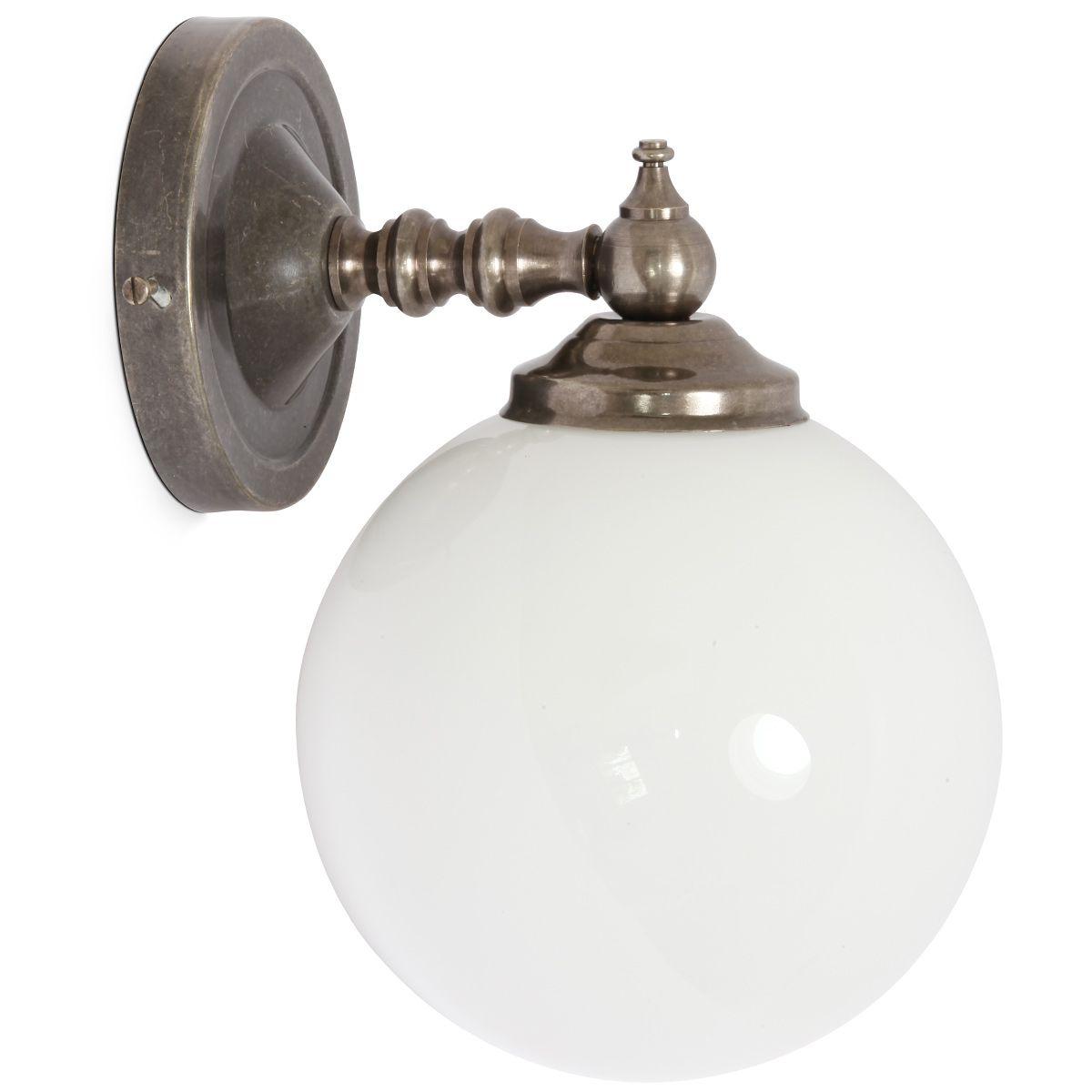 Glaskugel Wandleuchte Mit Antiker Anmutung Von Aire Lighting Ideen