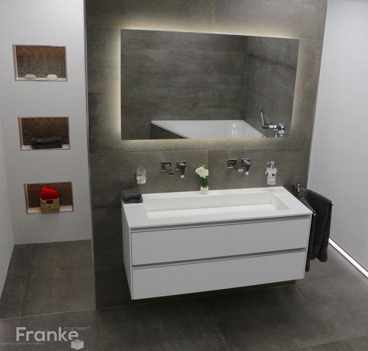 Bildergebnis für duschablage einfliesen Ankleide / Bad En Suite - badezimmerspiegel mit led
