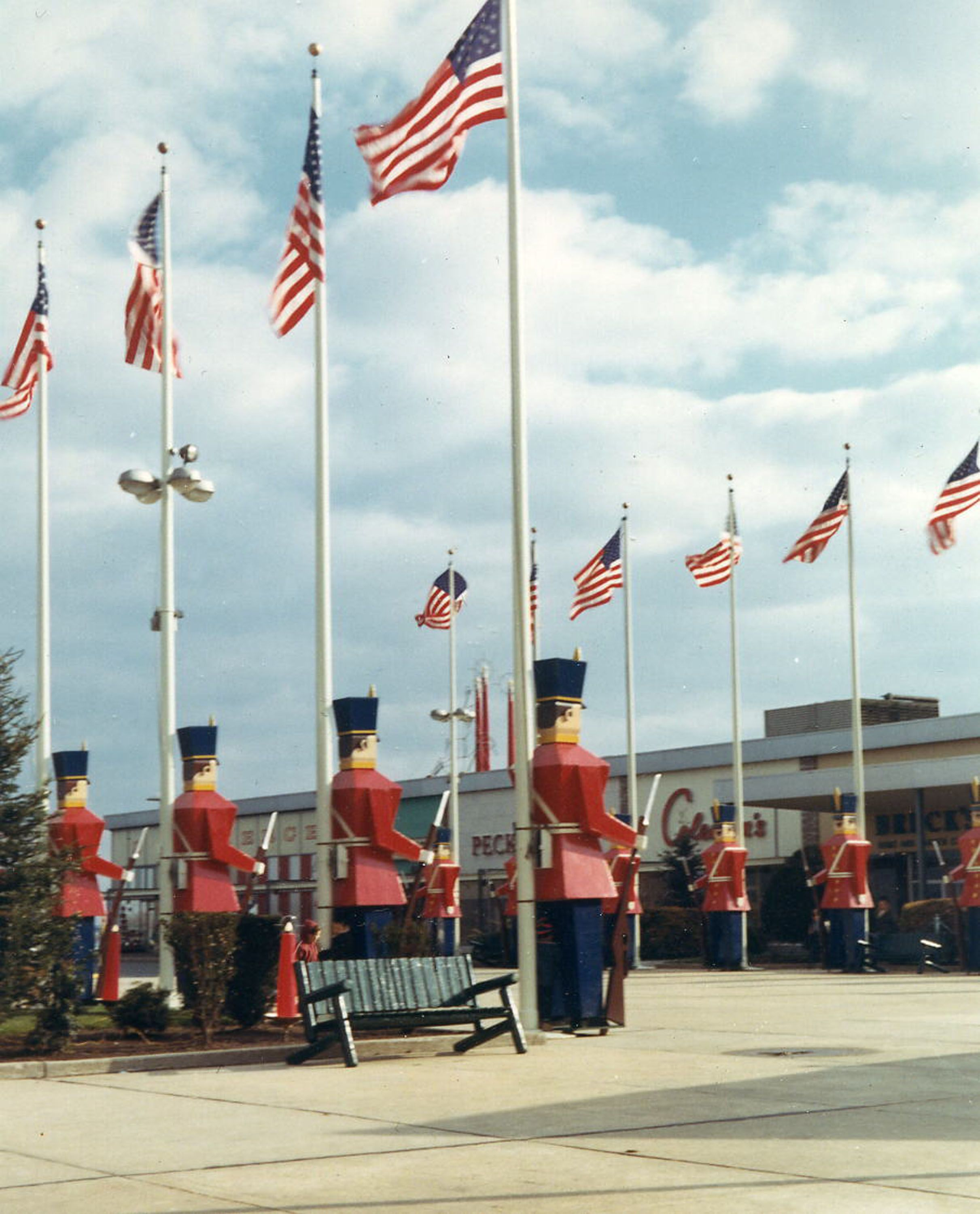 S NorthShore Mall Historic New England Pinterest - First shopping center in usa