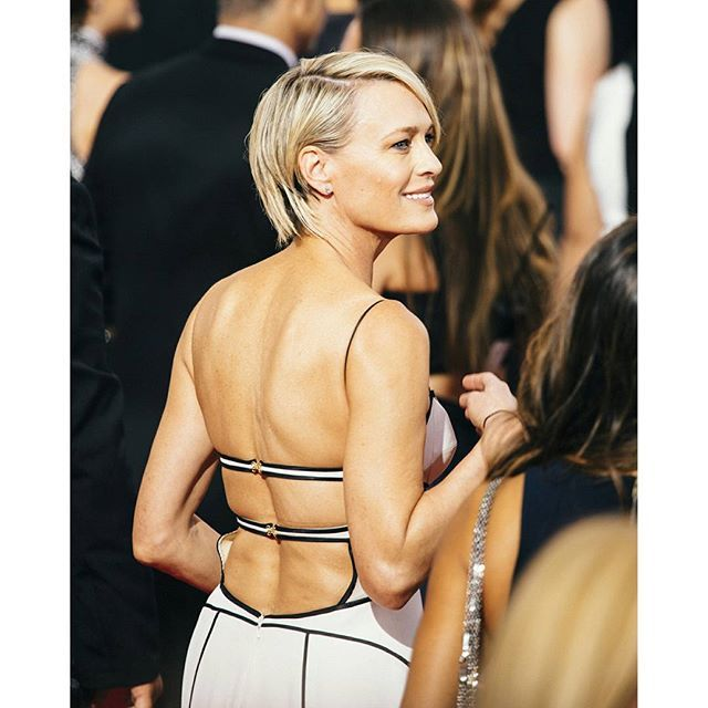 Curtis Stage On Instagram Maybe She Should Be President Shot On Canon 5d Robin Wright Hair Robin Wright Haircut Robin Wright