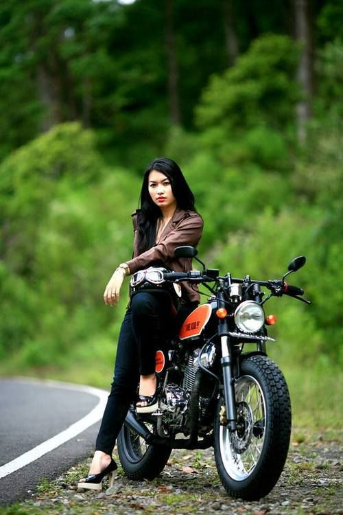 Teen girls on back of motorcycles, naked girl desperate for more pussy