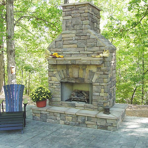 Elite Outdoor Custom Fireplace With Extended Hearth Surround