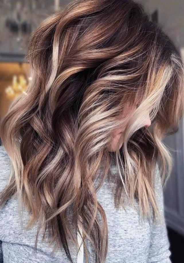 Modern Frisuren Mittellanges Haar Locken 2019 Frisuren In
