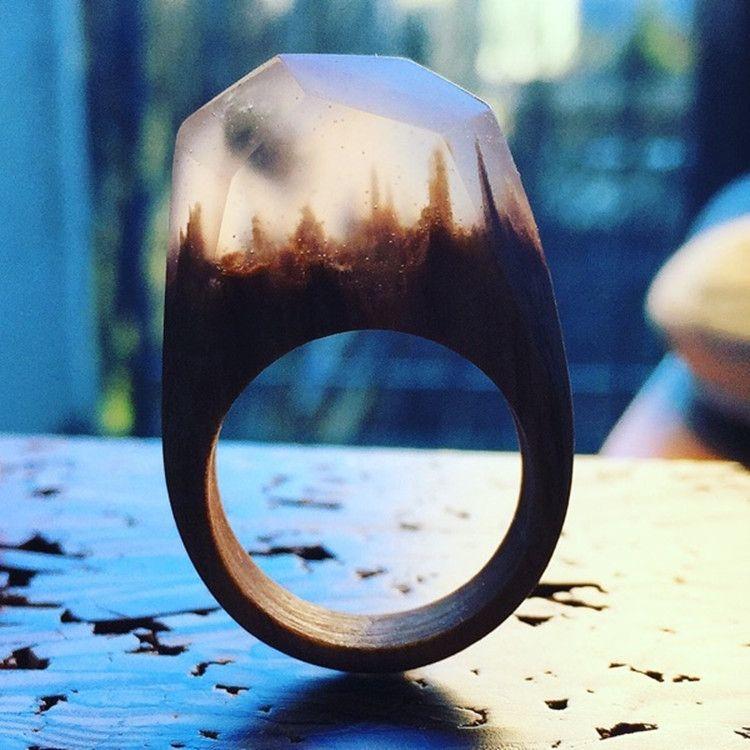 歐美定製潮流木頭戒指原創風景戒指木質手工創意個性原木鑽戒實木 | Resin ring, Wooden rings, Resin jewelry