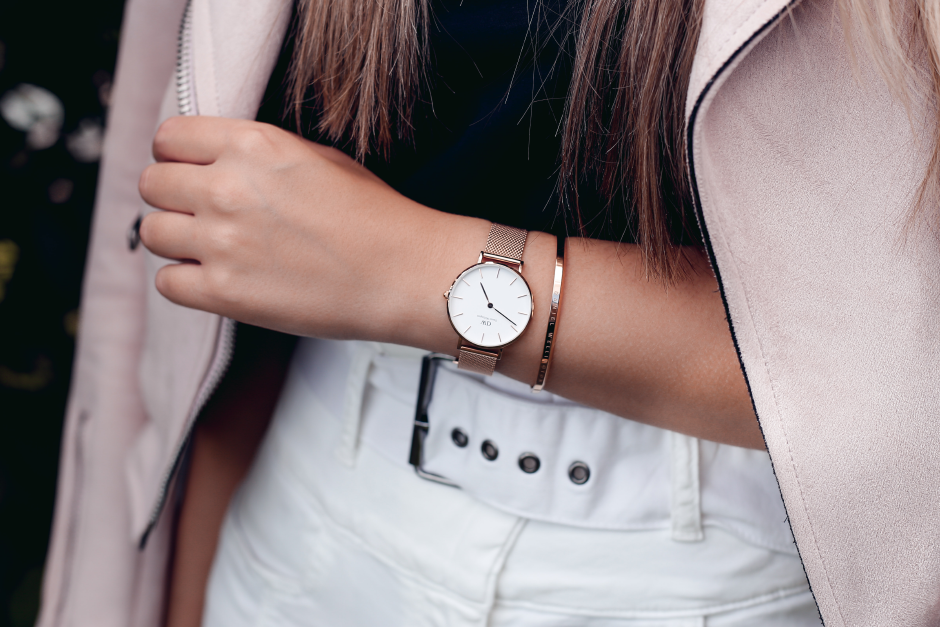 a768d68c255d Sincerely Bitter  daniel wellington classic petite melrose ...